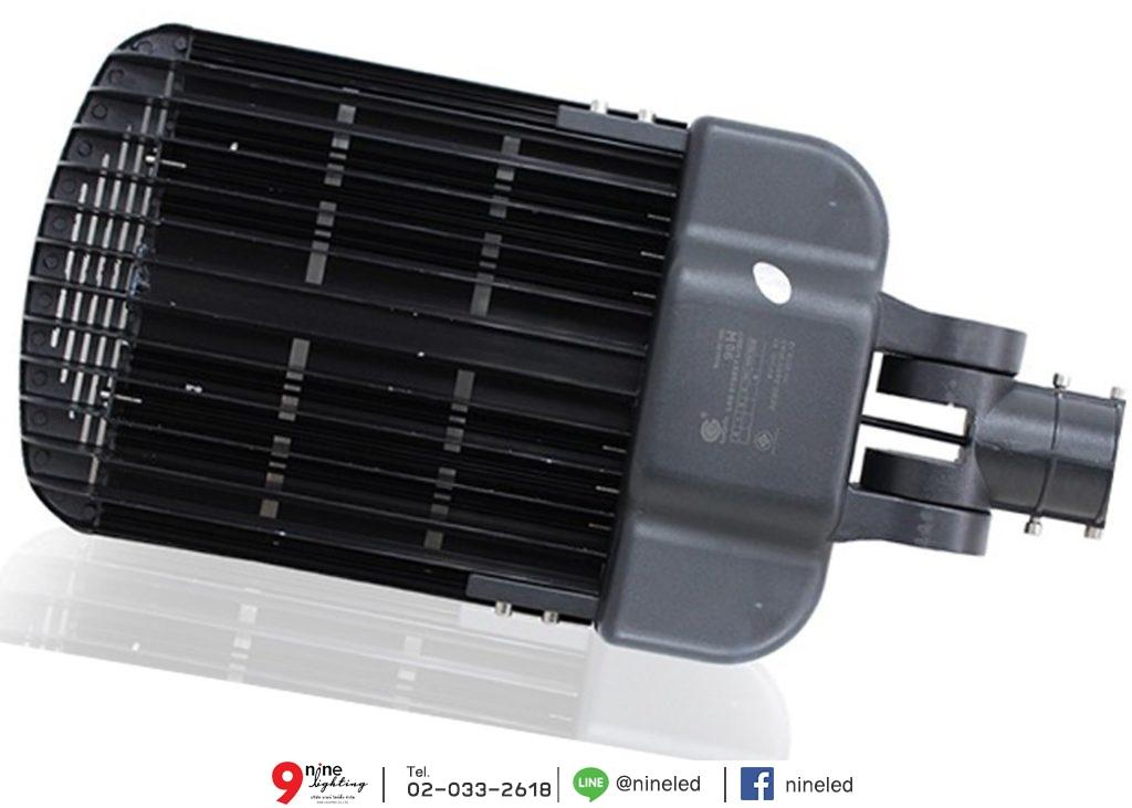 โคมไฟถนน LED Street Light 90w (เดย์ไลท์) IWACHI